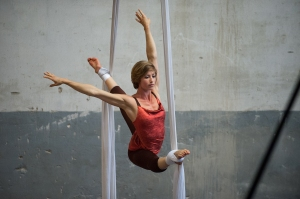 Aerial silk classes by Kami-Lynne @ Circus Studio Rotterdam